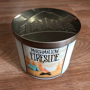 "BNWT ""Marshmallow Fireside 3-wick"" Candle"